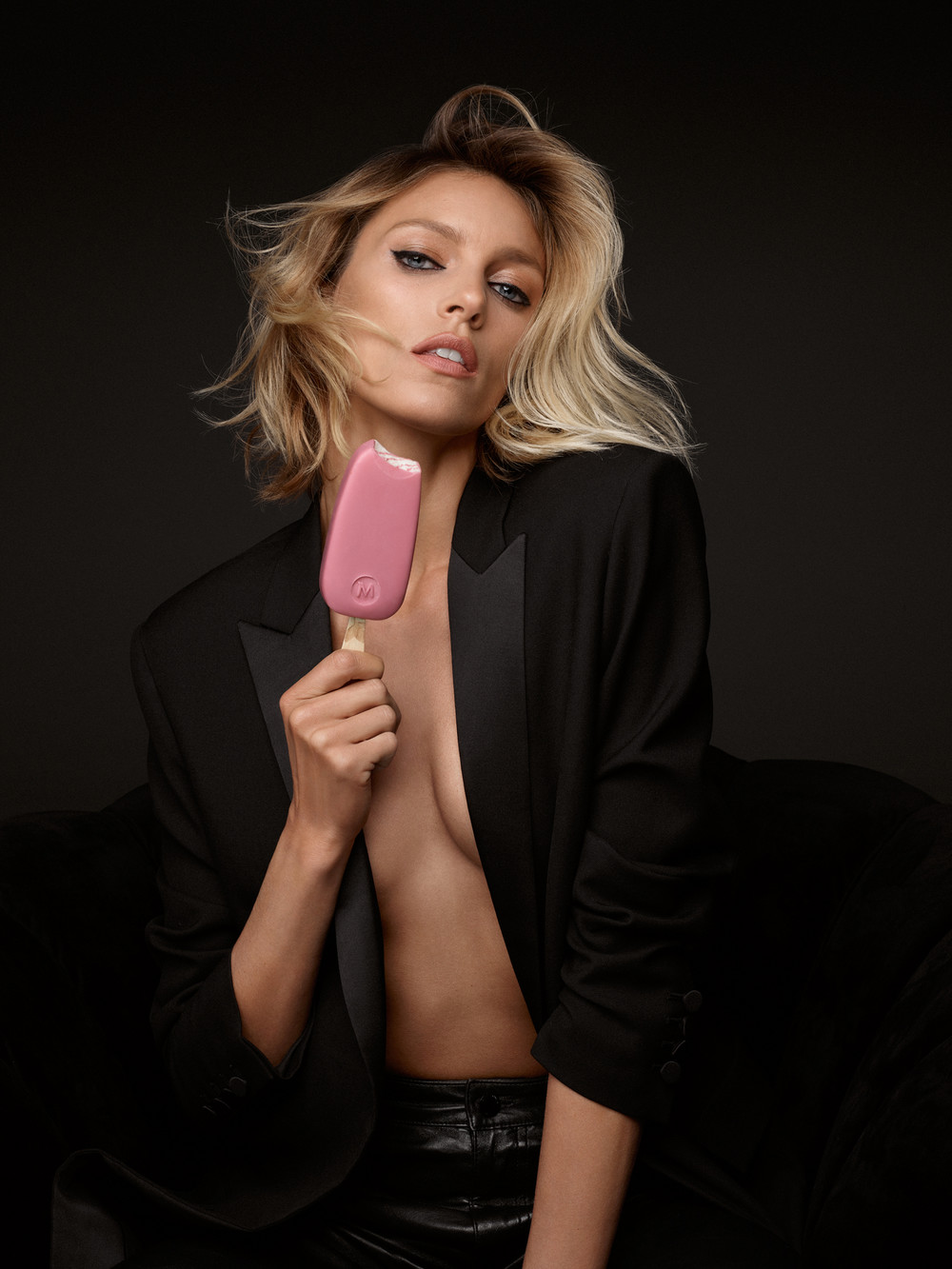 ANJA RUBIK BY MARCIN KEMPSKI FOR MAGNUM